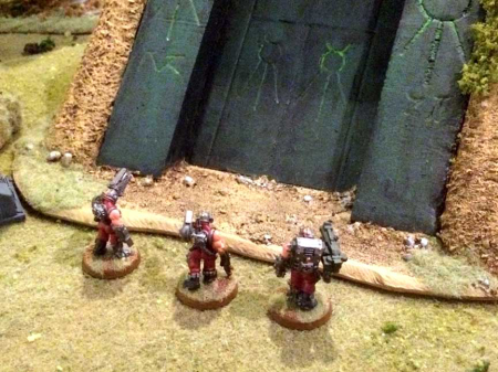 Necron servitors at gate2